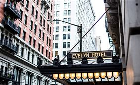 The Evelyn Hotel - Hotel Façade