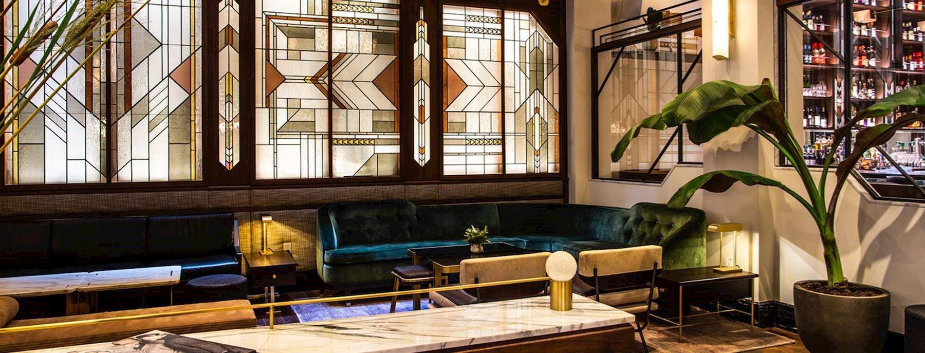 Evelyn Hotel Lobby