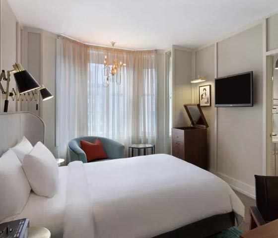 Room Keys: Get ready for summertime in the city at New Yorks Evelyn Hotel
